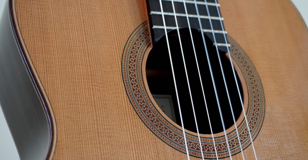 jakie struny są najlepsze do gitary klasycznej