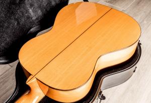 Gitara klasyczna używana